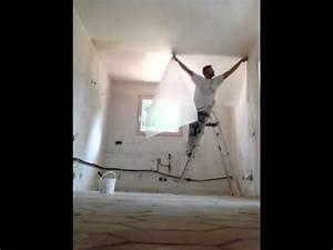 Pose Toile De Verre Plafond : pose fibre de verre au plafond youtube ~ Melissatoandfro.com Idées de Décoration