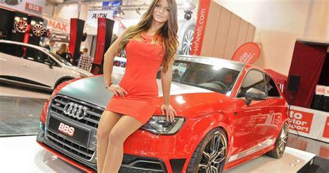 Top 15 Hottest Car Show Models