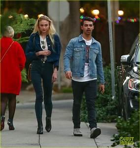 Joe Jonas U0026 Sophie Turner Enjoy Afternoon Date In La