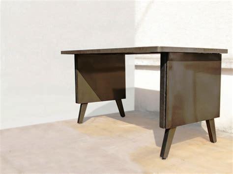 bureau strafor table de bureau table bureau ch ne ou merisier massif