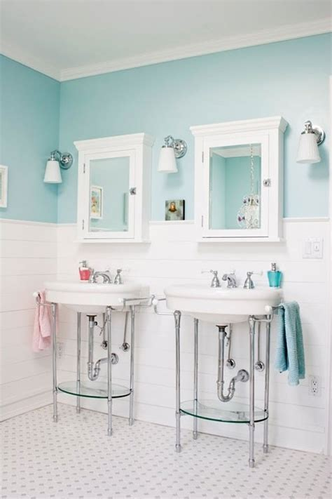 turquoise and white bathroom spaces