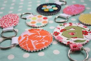 Homemade Gift Ideas: Fabric Scrap Keychains Perfect For ...