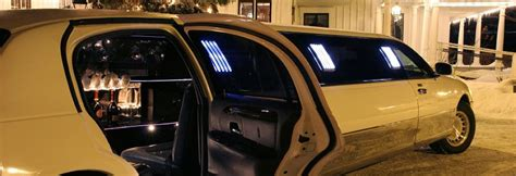 Limo Service Ct by Stamford Attractions With A Limousine In Connecticut