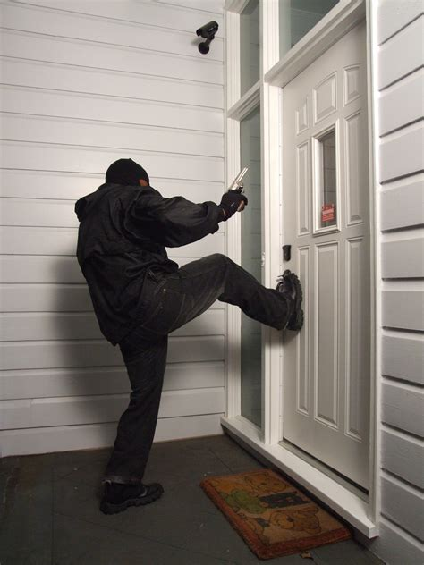 how to secure a door from being kicked in ongard security door brace hailed as top twenty 2011