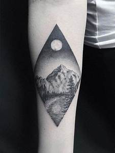 Tatouage Paysage Montagne : the ultimate guide to mountain tattoos 70 photos tattoo pinterest ~ Melissatoandfro.com Idées de Décoration