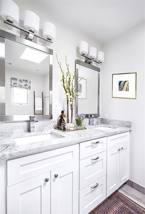 Best 25+ Modern Bathroom Lighting Ideas On Pinterest