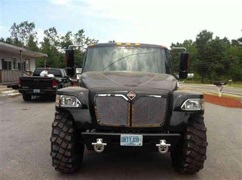 international mxt limited  medium trucks