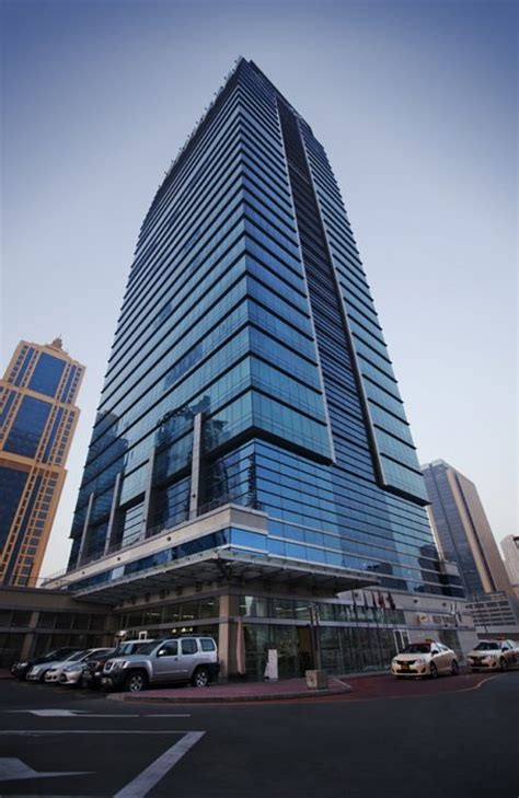 serviced offices  rent  lease  reef tower jlt
