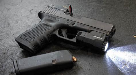 glock 19 strobe light top 5 best tactical lights for glocks 2018 reviews