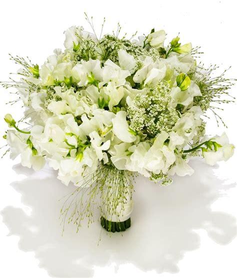 beach wedding flowers white green ivory