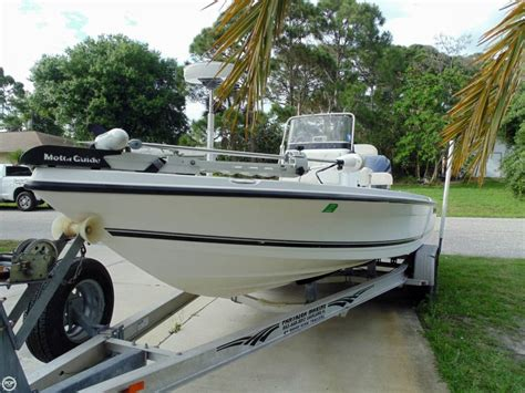 Century Inshore Boats by 2007 Used Century 2202 Inshore Center Console Fishing Boat