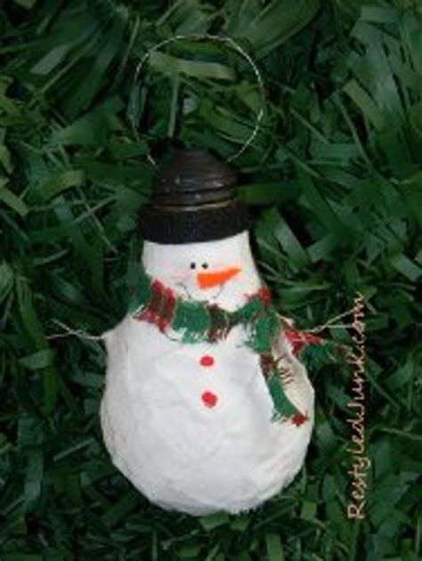 recycled lightbulb snowman favecraftscom