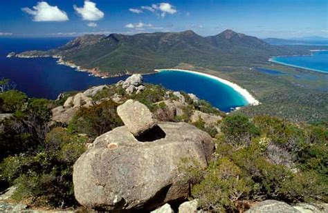 australia tourism bureau guide to freycinet national park tasmania tourism