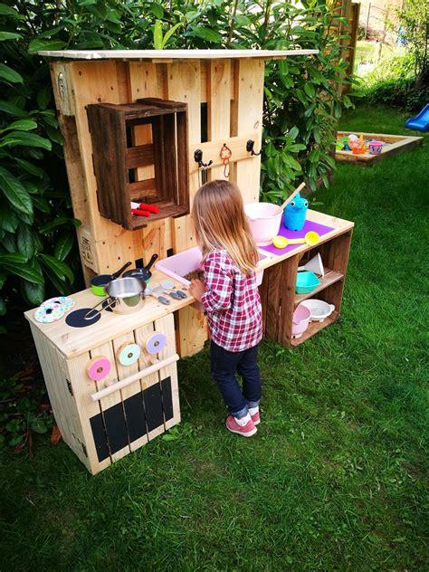 garten hexenhaus selber bauen ᐅ matschk 252 che selber bauen aus paletten obstkisten kinderk 252 che