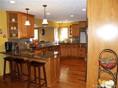 custom oak kitchen cabinets w paint color backsplash