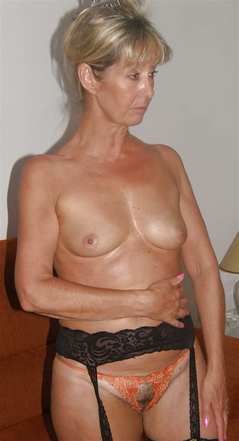 Milfs And Gilfs To Cumm Over Pics Xhamster