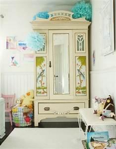 affordable relooker un meuble armoire ancienne peinture With tapis chambre bébé avec fleur en soie grossiste