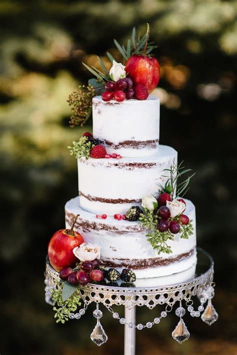 naked fall wedding cakes     mouth