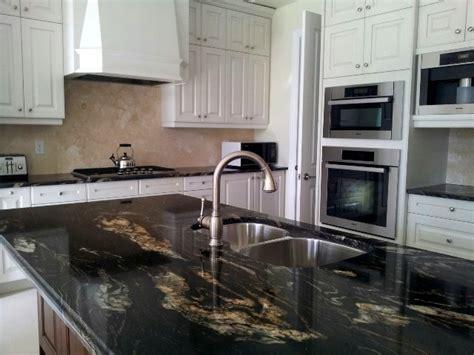 cabinets for the kitchen kitchen titanium 3cm and backsplash saturnia light 5081