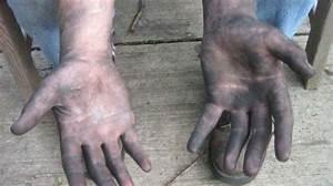 Nettoyer Interieur Voiture Tres Sale : l 39 astuce pour nettoyer facilement ses mains apr s la m canique ~ Gottalentnigeria.com Avis de Voitures