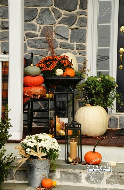 Don't let the steep challenge turn you away. 30 Eye-Catching Outdoor Thanksgiving Decorations Ideas ...