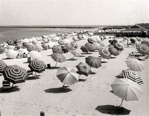 vintage   famous  vacation spots insider