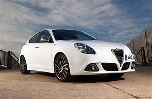 Giulietta Alfa Romeo : 2010 alfa romeo giulietta review caradvice ~ Gottalentnigeria.com Avis de Voitures