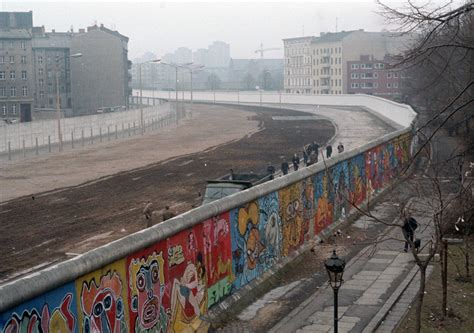 Wall Berlin by Facing The Wall Building The Berlin Wall Wende Museum