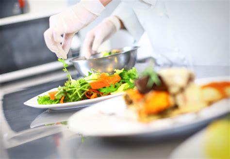 metier autour de la cuisine métiers de la cuisine commis cuisinier chef patissier