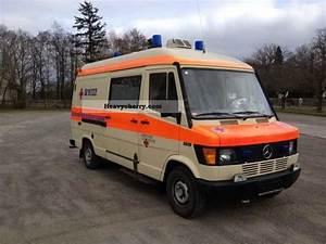 Mercedes-benz 310 Ambulances   Au New 1994 Ambulance
