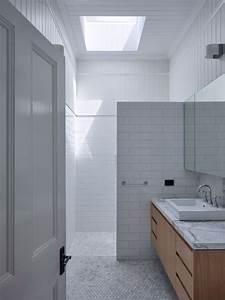 Reddog brisbane architects elliott residence for Queenslander bathroom