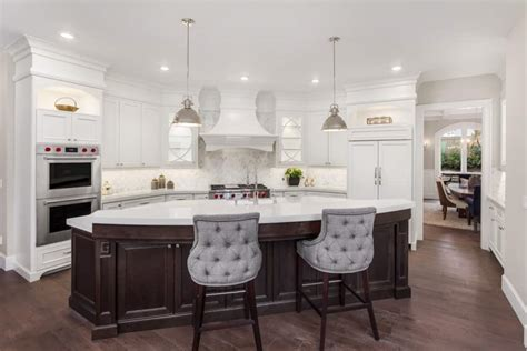 curved kitchen island ideas