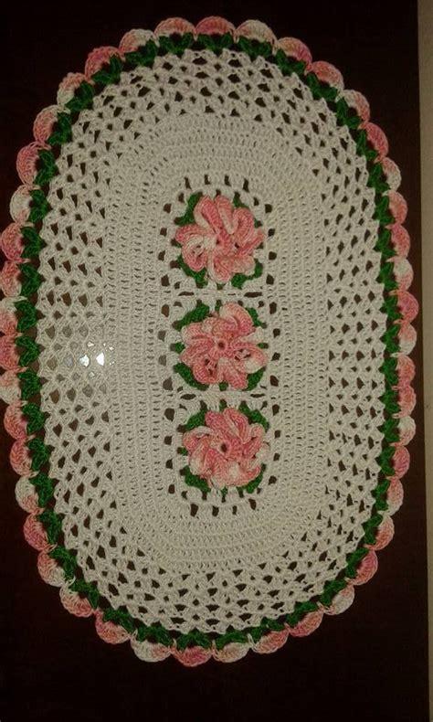 fiori di cotone all uncinetto centrino ovale centrotavola fiori 3d 39x25 all uncinetto