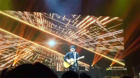 Rendy Pandugo Versace On The Floor Concert Joox Kota