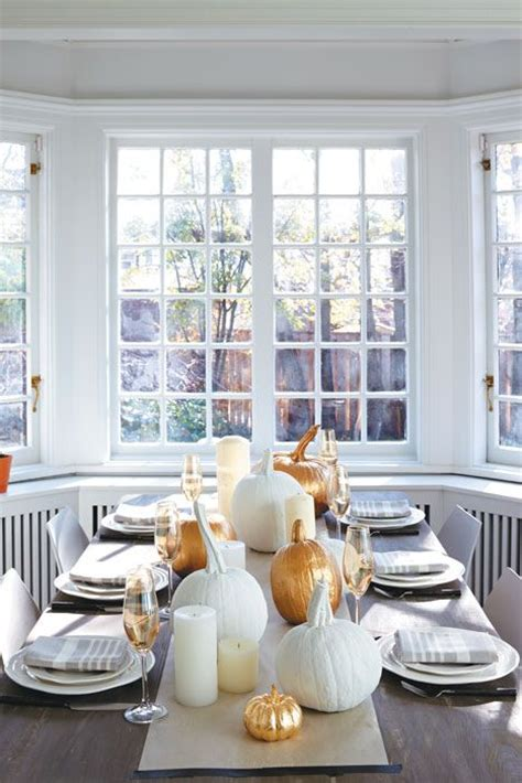 stylish modern thanksgiving decor ideas digsdigs