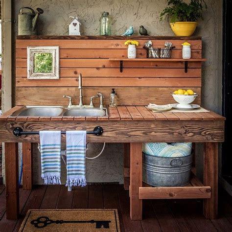 objet de cuisine cuisine exterieure objet et meuble en palette meubles