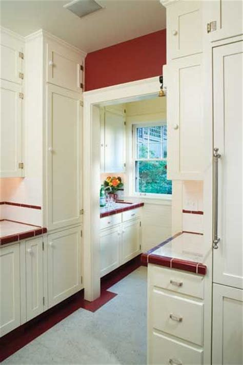 pictures of kitchens with wood floors 25 best vintage refrigerators images on 9127
