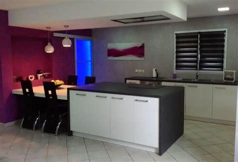 mur noir cuisine cuisine noir quel couleur mur solutions pour la décoration intérieure de votre maison