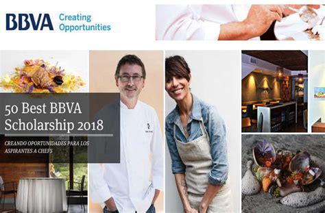 El apoyo económico varía de acuerdo con el nivel educativo en la que se encuentren las y los jóvenes Becas BBVA para aspirantes a Chef