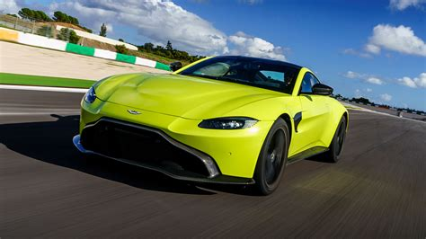 2018 Aston Martin Vantage First Drive Pure Sports Car