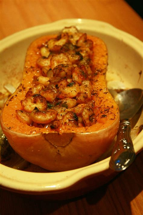 cuisiner un butternut butternut farcie aux crevettes culinaire by