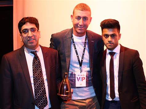 Our live chat service allows all clients of autonet insurance to connect to our experienced customer service agents in real time, enabling them. 6TOW8099 | 6 Towns Awards Night 2014 - www.actionfreeze.net … | Flickr