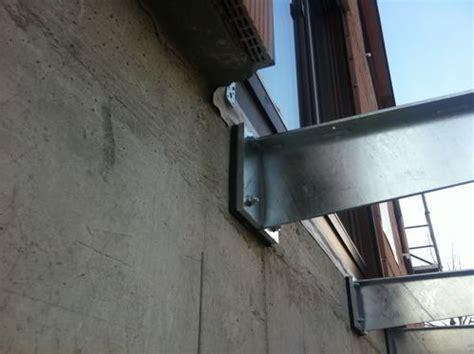 balkontraeger mit neoprenunterlage
