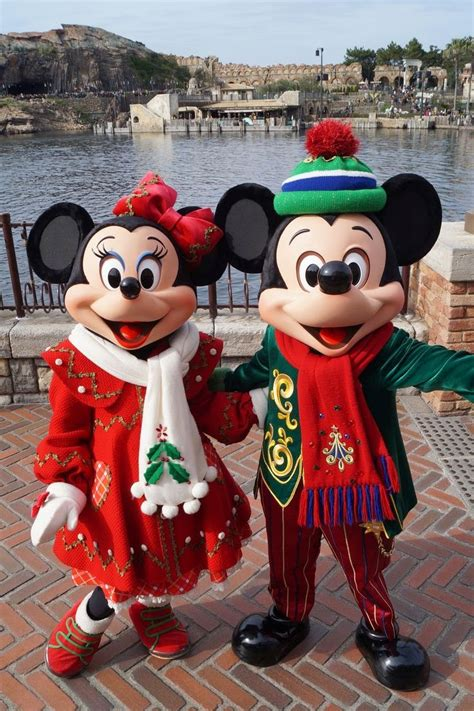 holiday site disney christmas images