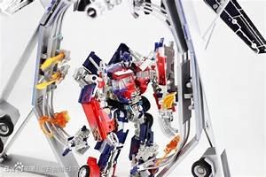 Prime Toys Dark of the Moon Optimus Prime Trailer ...