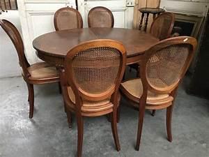 Table Chaise Encastrable : table chaises manger salle chaise transparentes scandinave but encastrable pour ronde design ~ Teatrodelosmanantiales.com Idées de Décoration