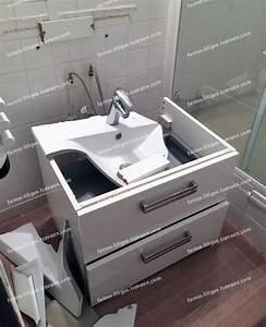 fixer un meuble de salle de bain suspendu cobtsacom With fixer un meuble suspendu