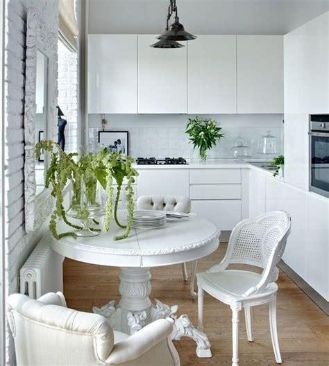Minimalist Kitchen Decorating Ideas With Classic White