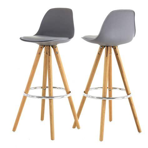 chaise de bar grise chaise haute de bar grise tr 233 pied en bois style scandinave