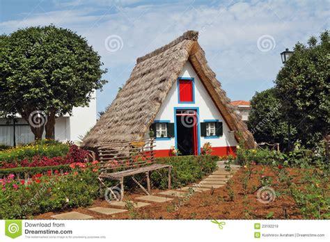 Klassisches Dreieckiges Kleines Haus Auf Insel Madiera